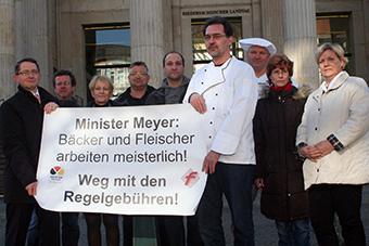 Bäcker und Fleischer protestieren