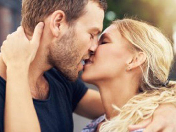Schmuse-Happening am Valentinstag