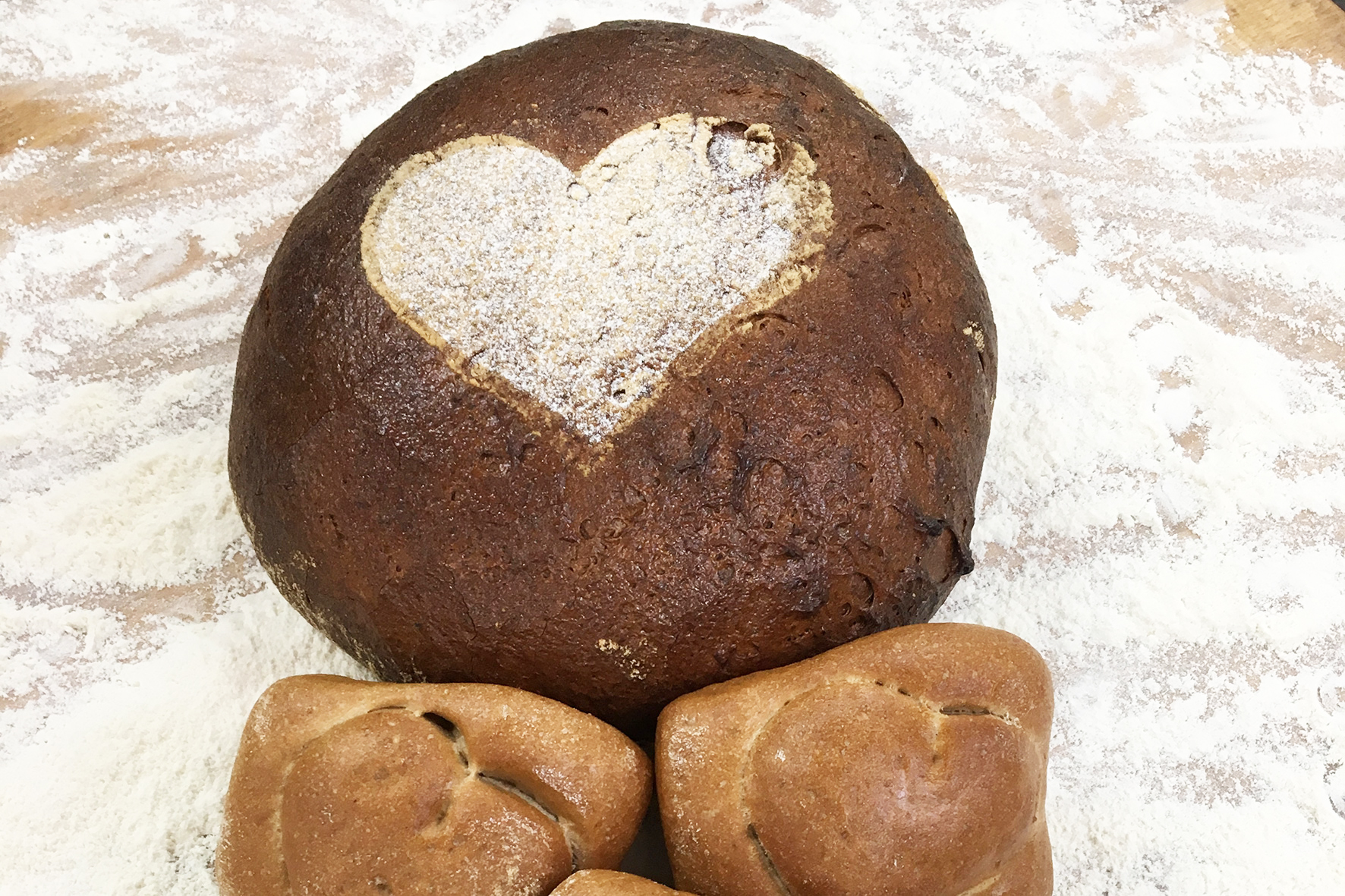 Bäcker unterstützt Ausstellung