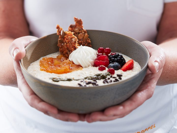Frühstück- und Kuchenbowls